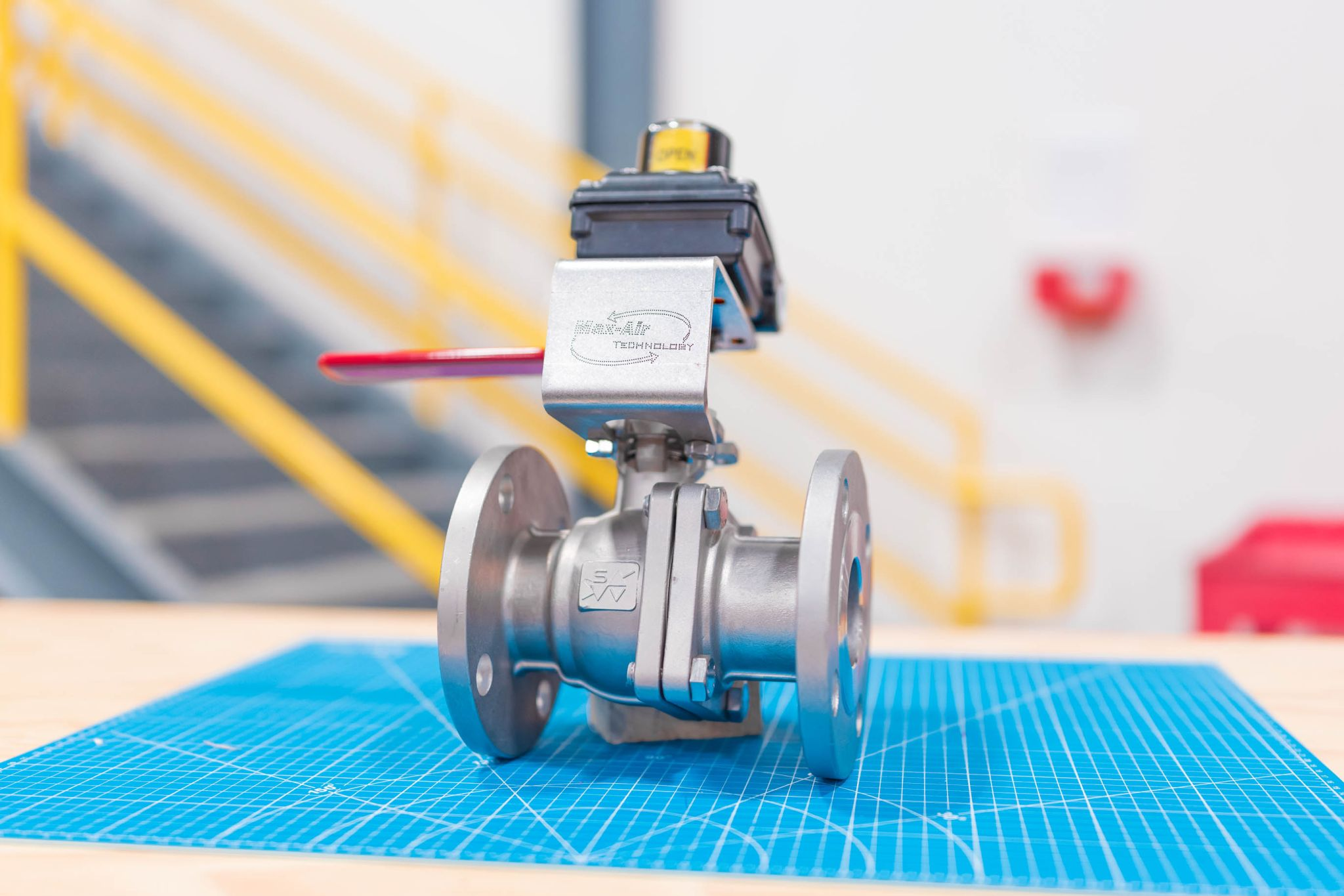 Handle Operated Ball Valve w/ Limit Switch